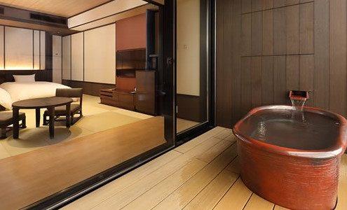 天悠の客室露天風呂