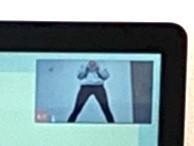 広角レンズなしのパソコン映像の拡大
